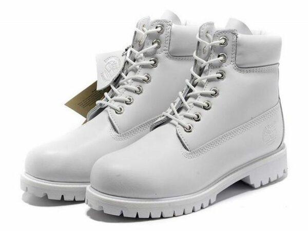 Белые ботинки Timberland