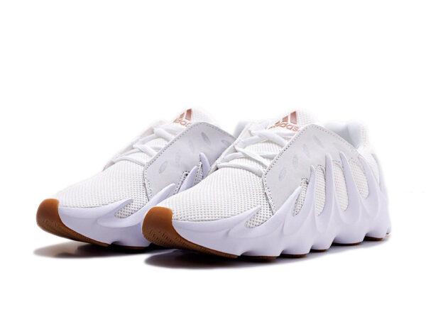 Белые кроссовки Adidas